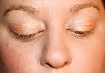 Eyelid application finished