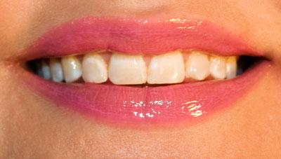 Revlon Lustrous Lipgloss: Pink Pop