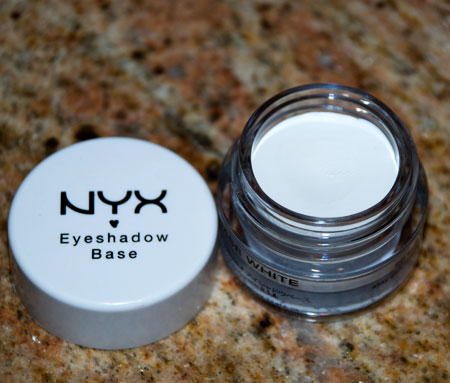 Lookbook: NYX Eyeshadow Base in White base NYX