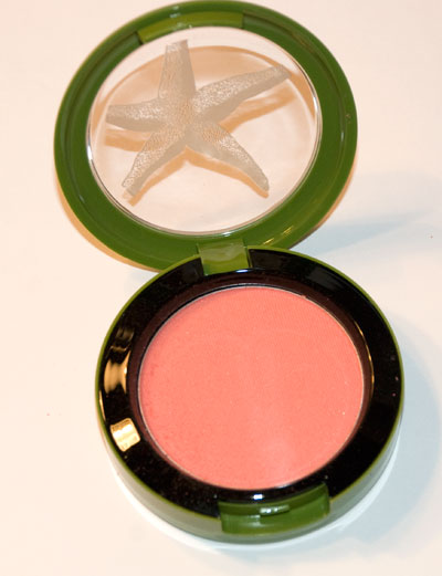 "Lookbook: MAC Cosmetics ""To The Beach"" Collection, Summer 2010 blush2 MAC Cosmetics"