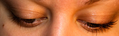 Bare eye (left), Mascara (right)