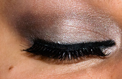 Tutorial: Chelsea Chic Eyes, using New York Color Metro Quartet eye34 Quartet eyeshadow Eyelid