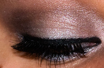 Tutorial: Chelsea Chic Eyes, using New York Color Metro Quartet eyeupclose5 Quartet eyeshadow Eyelid