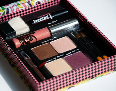 Lookbook: Benefit Sunday Funday Palette   The New Maggie Collection inside2