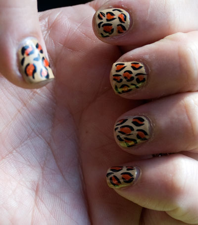 Tutorial: Cheetah/Leopard Print Nails 11