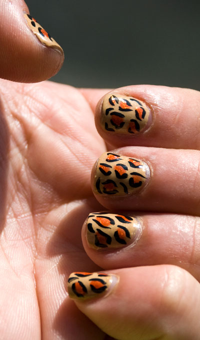 Tutorial: Cheetah/Leopard Print Nails 6
