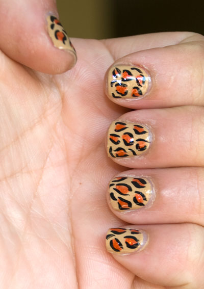 Tutorial: Cheetah/Leopard Print Nails 7