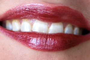 Review Covergirl Outlast All Day Lipcolor Sangria