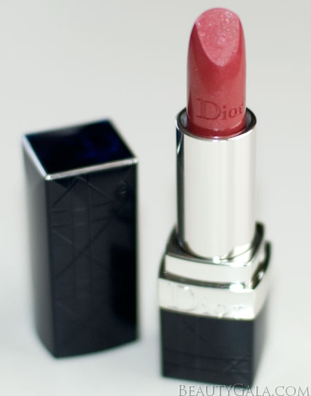 """Lookbook: Dior Rouge Dior Lipcolor, """"551 – Pink Cocotte,"""" Swatches Rose9 Lips Dior Categories"""