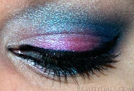 "Tutorial: Wet n Wild ""I'm Feeling Retro"" Palette Makeup Look Retro Wet & Wild Tutorials Feature Columns Eyes Categories Beauty Bargains"