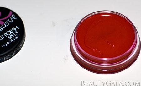 "Lookbook: Sleek Makeup Pout Polish SPF15, ""Scandal"" Photographs & Swatches pout4 Type Sleek Makeup Reviews Lookbook Lips Categories Brands"