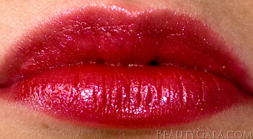 Last Call Lookbook: Milani Cosmetics Limited Edition Haute Flash Shimmer Lipgloss, Photographs & Swatches haute1 Type Reviews Milani Lookbook Lips Categories Brands