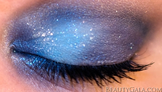 "Makeup Look: ""Blue Blowout,"" using Maybelline EyeStudio Color Explosion Palette blow12 Type Tutorials Maybelline Lookbook Eyes Categories Brands"