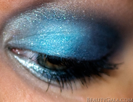 "Makeup Look: ""Blue Blowout,"" using Maybelline EyeStudio Color Explosion Palette blow2 Type Tutorials Maybelline Lookbook Eyes Categories Brands"
