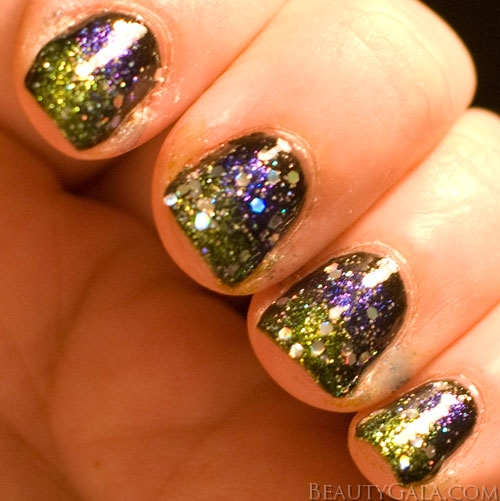 Tutorial Space Galaxy Inspired Manicure Nails