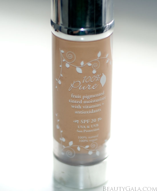 <u><strong><center>100% Pure Fruit Pigmented Tinted Moisturizer SPF 20</u></strong></center>