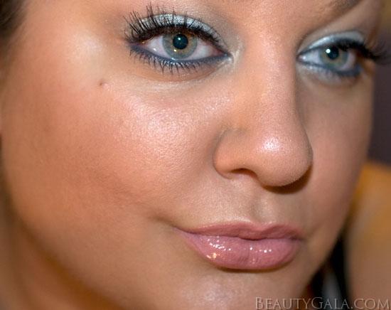 Glowing cheekbones