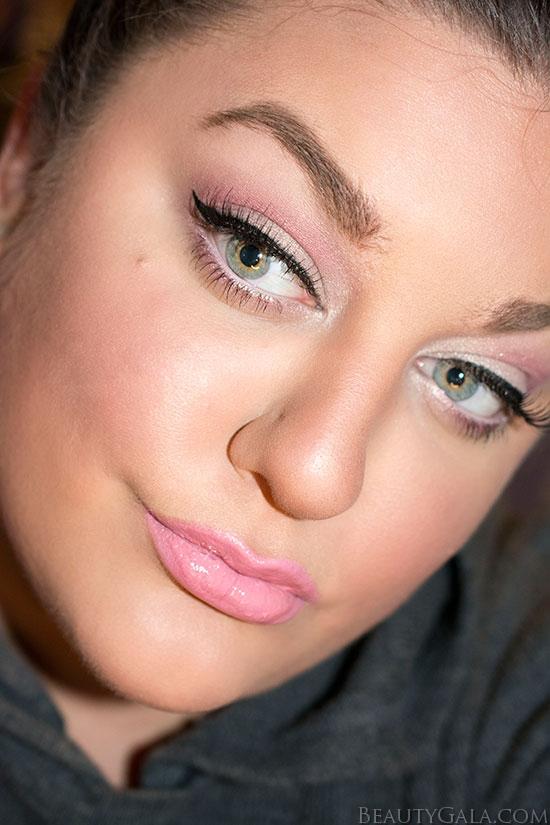 Valentine's Day Makeup: Soft & Romantic Pinks