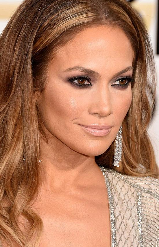 Jennifer-Lopez---72nd-Annual-Golden-Globe-Awards---January-11-2015-016