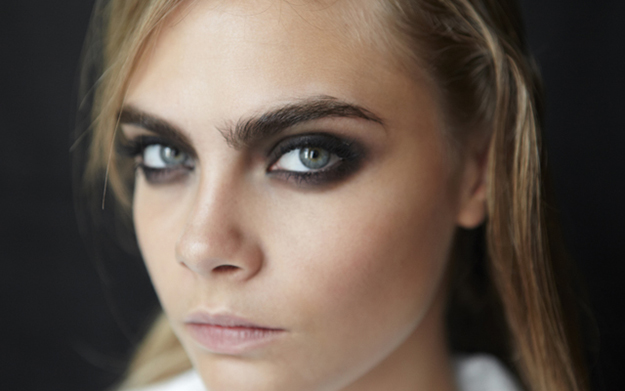 The Perfectly Imperfect Smoky Eye: Urban Decay Naked Smoky ...