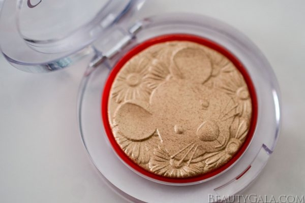 "The Year of the Rat: Clinique Cheek Pop Highlighter ""Gold Celebration Pop"" Swatches"